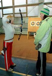 «Спортивный простор» о проблемах стрельбы из лука в Донецке и экстриме парашютного спорта